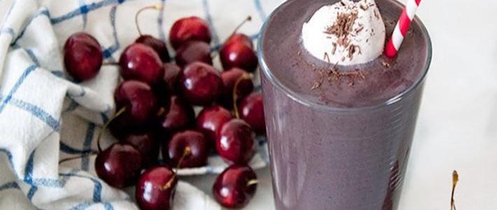 Receita do dia: milkshake de açaí floresta negra