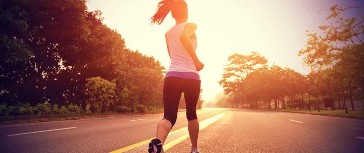 5 atividades físicas para você praticar no verão